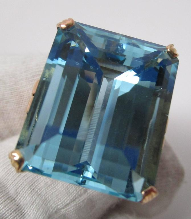 Art Deco 28+ Carat Aquamarine Gold Ring In Excellent Condition For Sale In Lexington, KY