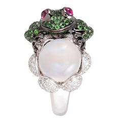 Boucheron Moonstone Garnet Diamond Gold Frog Ring