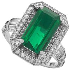 1920's Art Deco Colombian Emerald Diamond and Platinum Ring