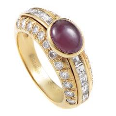 Van Cleef & Arpels Cabochon Ruby Diamond Gold Ring