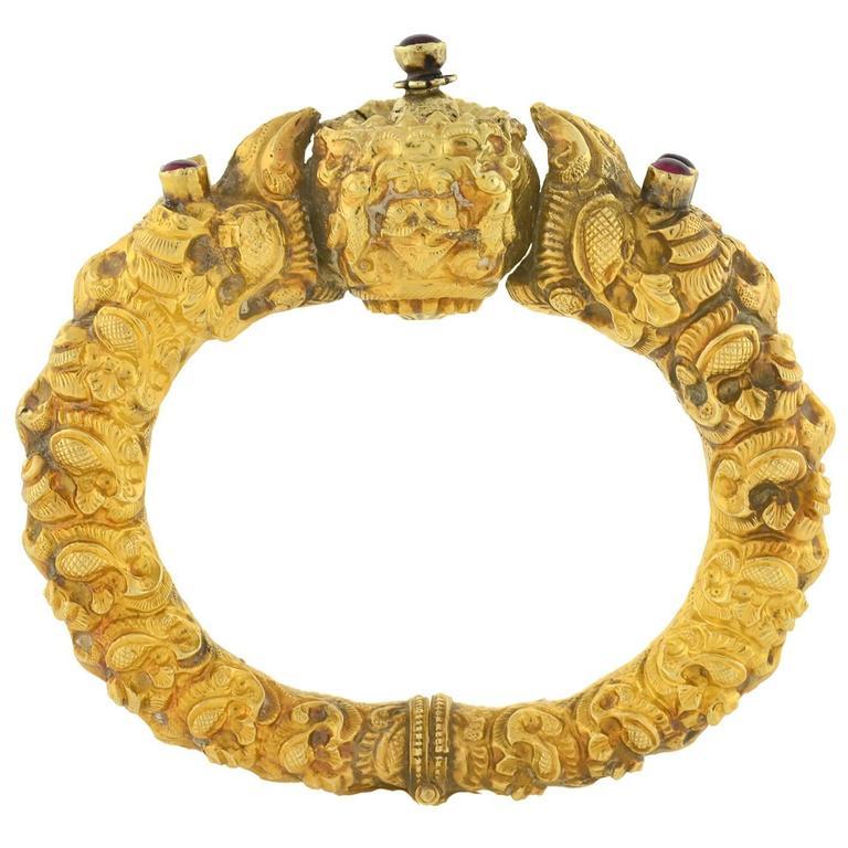 19th Century Indian Rare Repousse Mythological Bird Kada Bangle Bracelet For