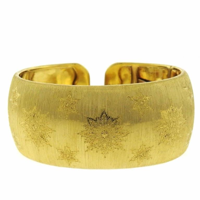 48dc1b05534c Classic Buccellati Gold Wide Cuff Bracelet For Sale at 1stdibs