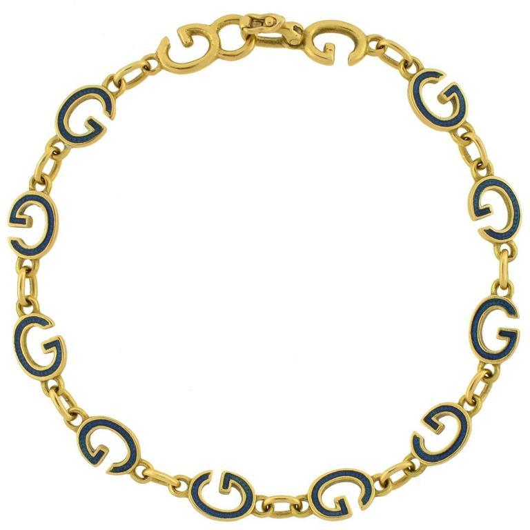 GUCCI Vintage Enameled 'G' Link Gold Bracelet For Sale