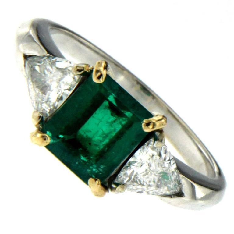 Colombian Emerald Diamond Gold Ring