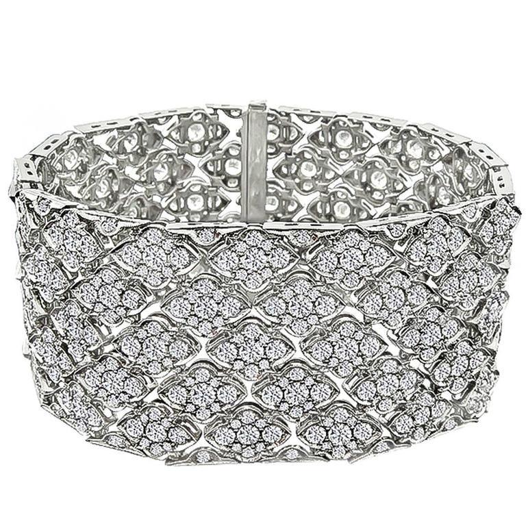 Astonishing 24 Carat Diamond Platinum Bracelet