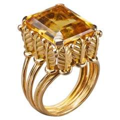 1970s French Citrine 18k Gold Cocktail Ring, Paris