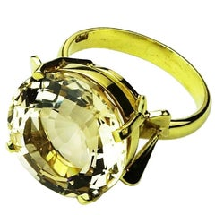 Golden-Champagne Round Beryl in Yellow Gold Ring