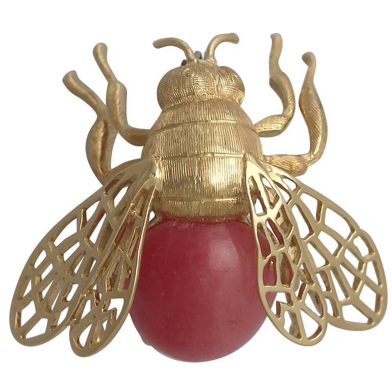 1950s Italian Rose Quartz and Yellow Gold 'Bumblebee' Brooch