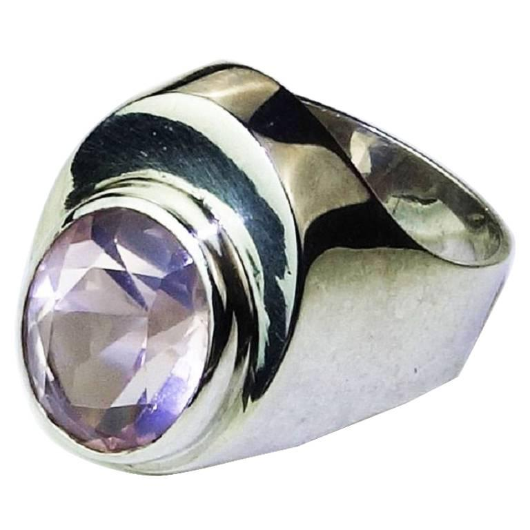 Gemjunky Rose Quartz Bezel Set in Handmade Sterling Silver Ring