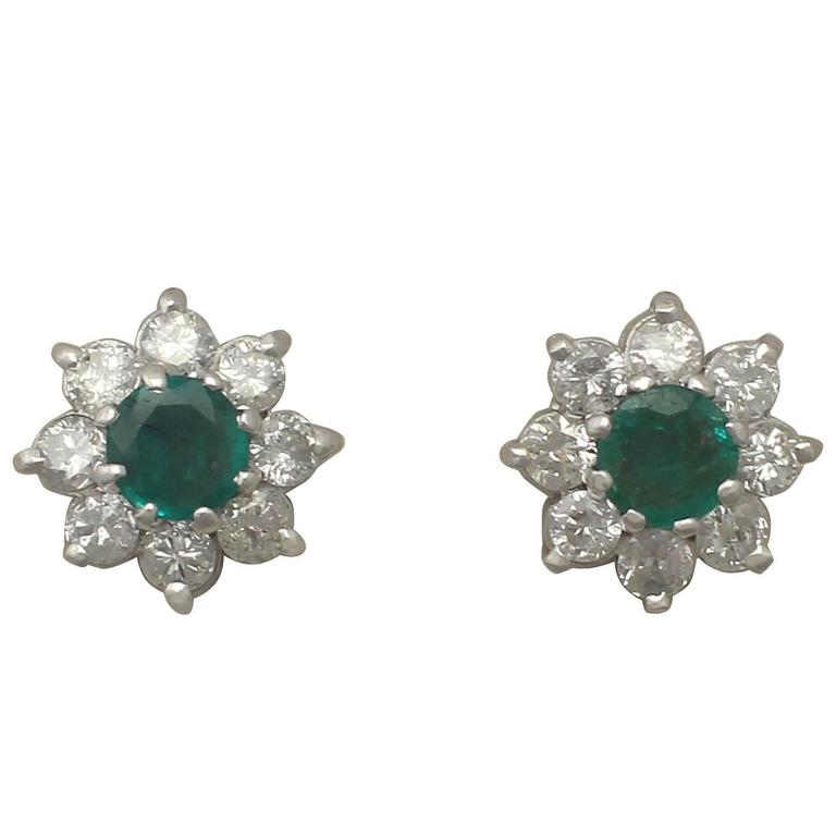 1980s 0.35 Carat Emerald and 0.40 Carat Diamond, White Gold Stud Earrings