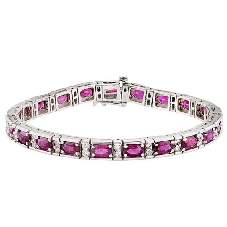Oval Ruby and Diamond Patterned White Gold Bracelet