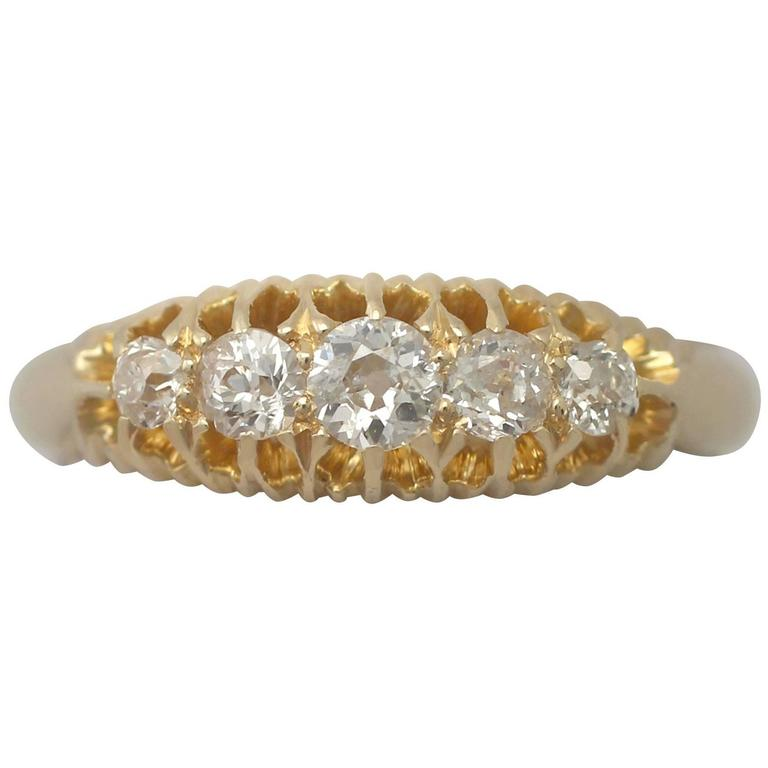 1900s Antique Diamond and Yellow Gold Cocktail Ring