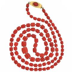 1970s Natural Coral Gold Necklace