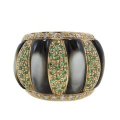 Diamonds, Tsavorite, Grey Mother-of-Pearl Dome Gold Ring