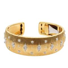 18 Karat Yellow and White Gold Buccellati Cuff Bracelet