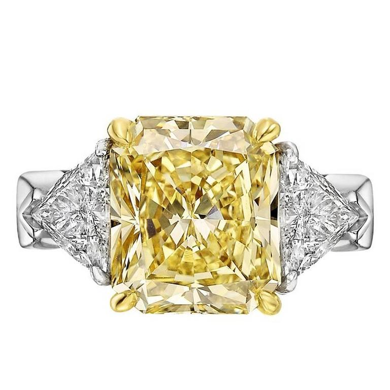 shape yellow ring clarity certified gia brownish radiant fancy carat ct tw diamond