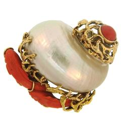 1950s Seaman Schepps Mother-of-Pearl Coral Yellow Gold Clip Brooch Pin