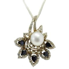 ct 11,28 White Diamonds and ct 10,00 Blue Sapphires Australian Pearl Necklace