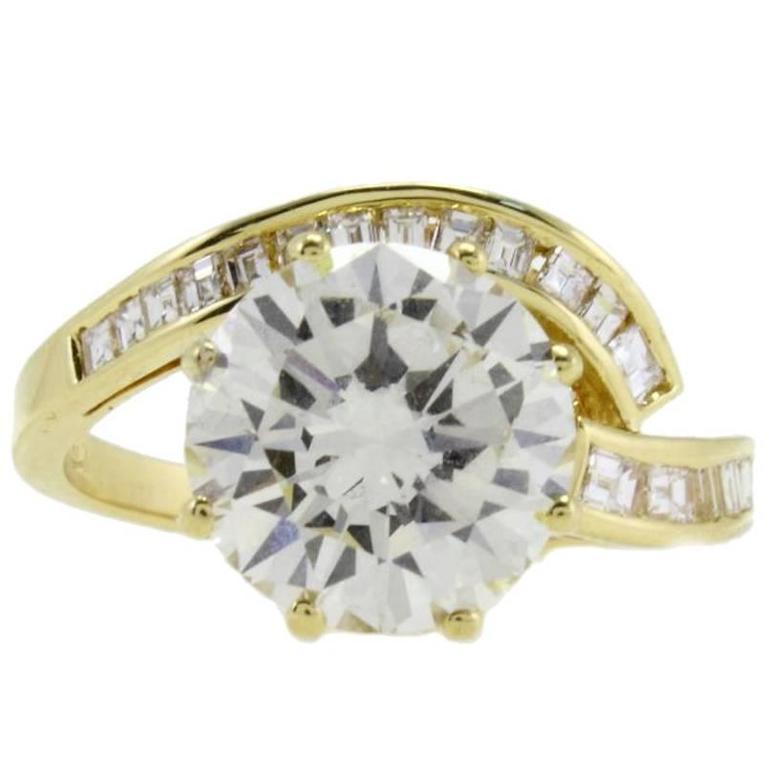 Luise Diamond GIA Certified 3.89 Karat  Yellow Gold Ring