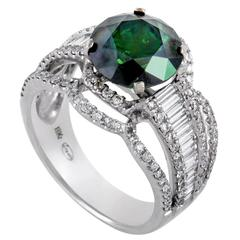 Legato White and Green Diamond White Gold Ring