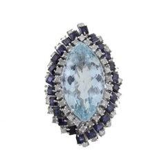KT 12,47 Aquamarine,KT 0,78 Diamond,KT3,00 Blue Sapphire Gold Ring