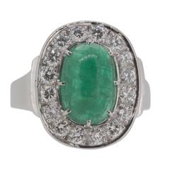 1970s Scandinavian Design Cabochon Cut Emerald Diamond White Gold Ring