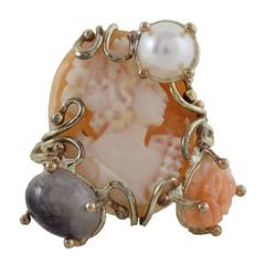 Cameo gold Ring