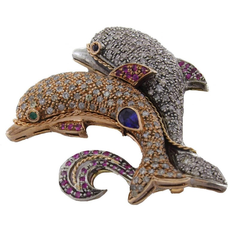 KT 1,25 Ruby Sapphire KT 3,60 Diamond Gold and Silver Dolphins Brooch Pendant For Sale