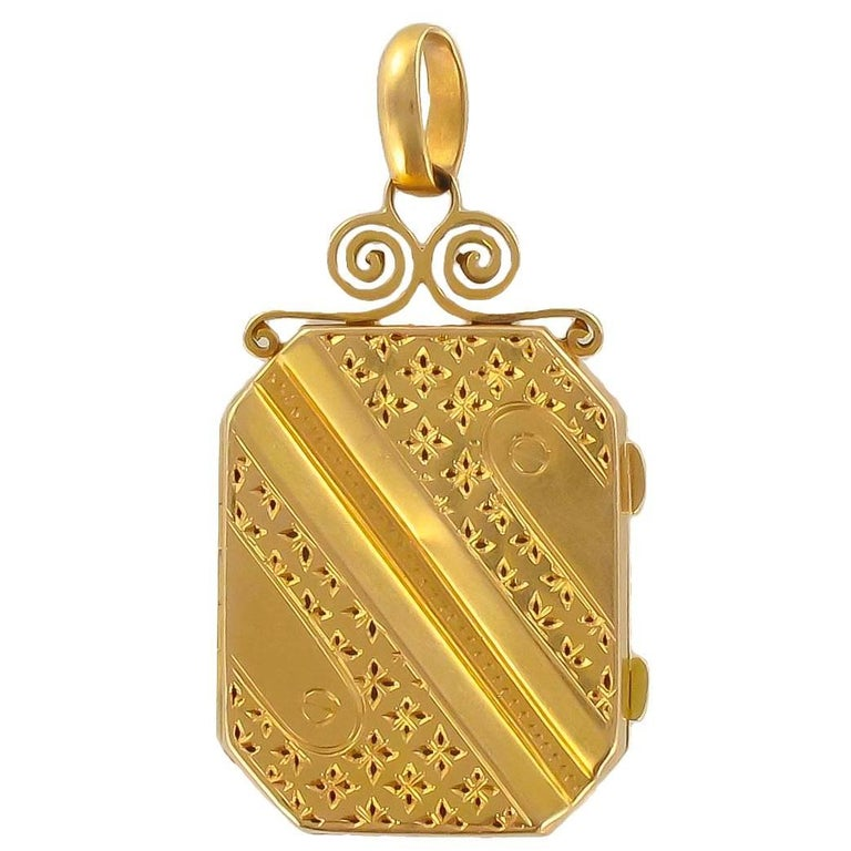 Napoleon III French Rectangular Gold Locket Pendant Medaillon