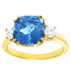 Spectacular Aquamarine Diamond Gold Ring