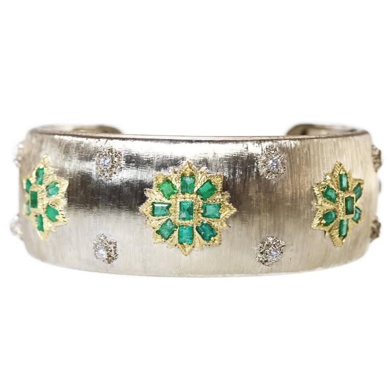 Vintage Buccellati Emerald, Diamond and Two-Tone Gold Bracelet