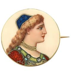 1900s Antique French Enamel Yellow Gold Brooch
