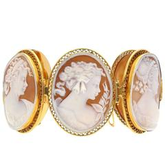 20th Century Carved Cameo Shell Yellow Gold Bracelet