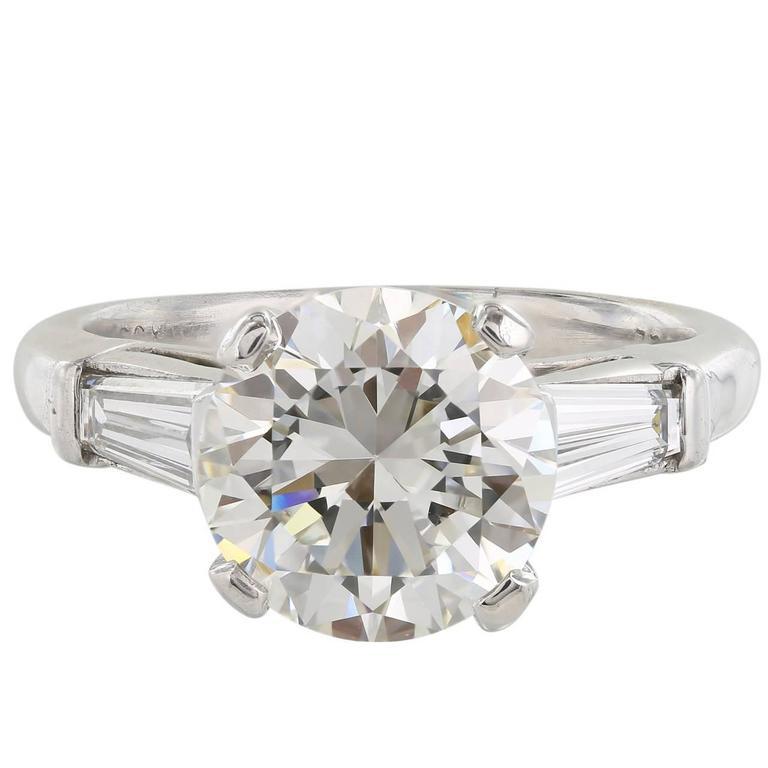 GIA Certified 3.01 Carat I/VS1 Three Stone Diamond Platinum Engagement Ring