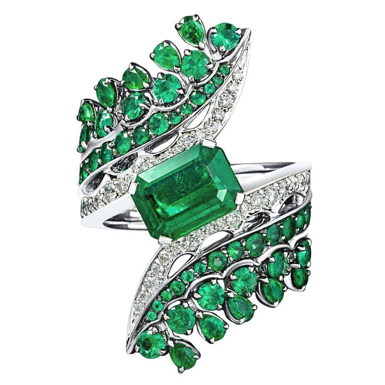 Vanleles Diamond Gemfield Emerald Legends of Africa High End Ring 2