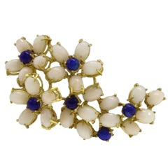 Oval Shape Pink Corals, Lapis Lazuli, 18K Yellow Gold Brooch