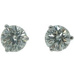 Round Brilliant Diamond Platinum Earrings