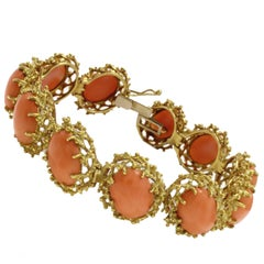 Oval Shape Orange Corals,18K Yellow Gold Clamper Retrò Bracelet