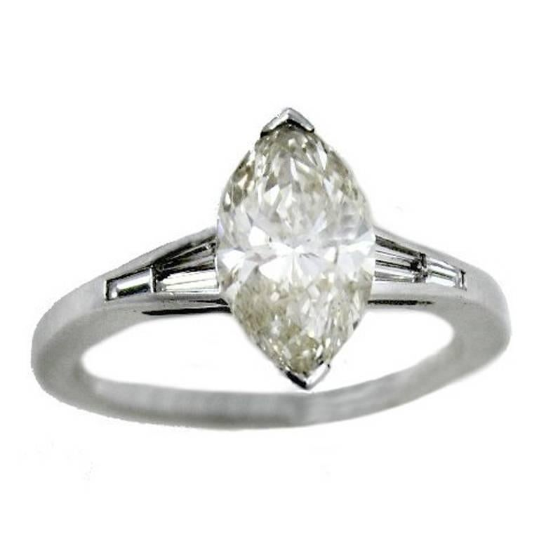 ct 2,20 Diamond White Gold Solitaire Ring For Sale