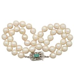 Single Strand Pearl, Emerald, Diamond and White Gold Necklace
