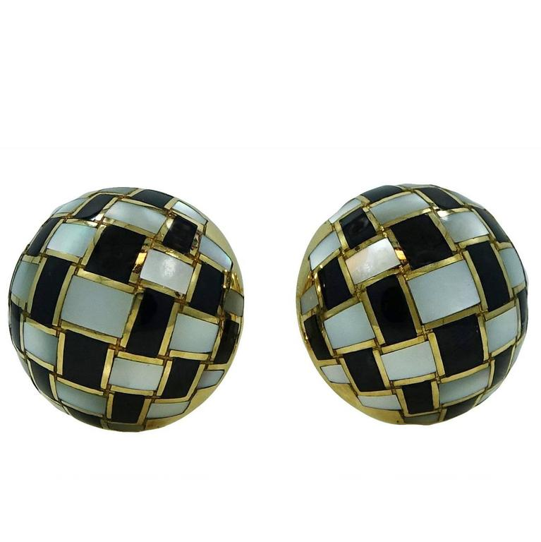 Tiffany & Co. Black Onyx Mother-of-Pearl Yellow Gold Button Earrings For Sale