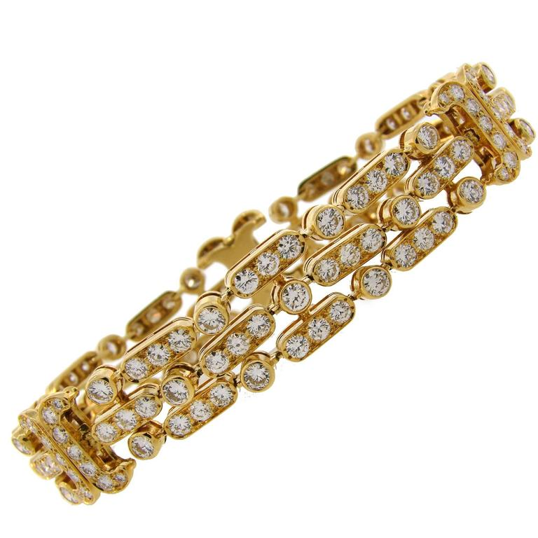 Van Cleef & Arpels Diamond Yellow Gold Bracelet