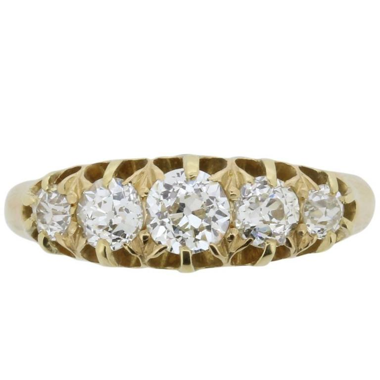 Late Victorian 1.45 Carat Old Cut Five-Stone Diamond Ring, circa 1900s 1