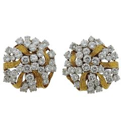 Exquisite 9 Carats Diamonds Gold Earrings