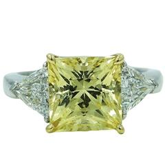 White Gold Ring with 5.16 Carat Yellow Sapphire and Two Trillion Diamonds