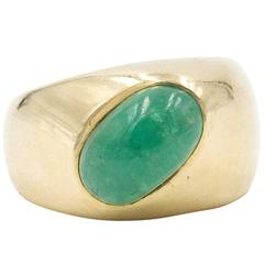 Yellow Gold and Emerald Ring