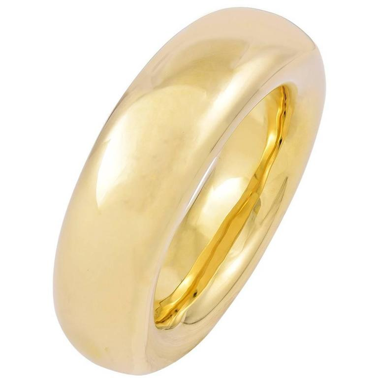 Tiffany & Co. Elsa Peretti Gold Oval Bangle Bracelet For Sale