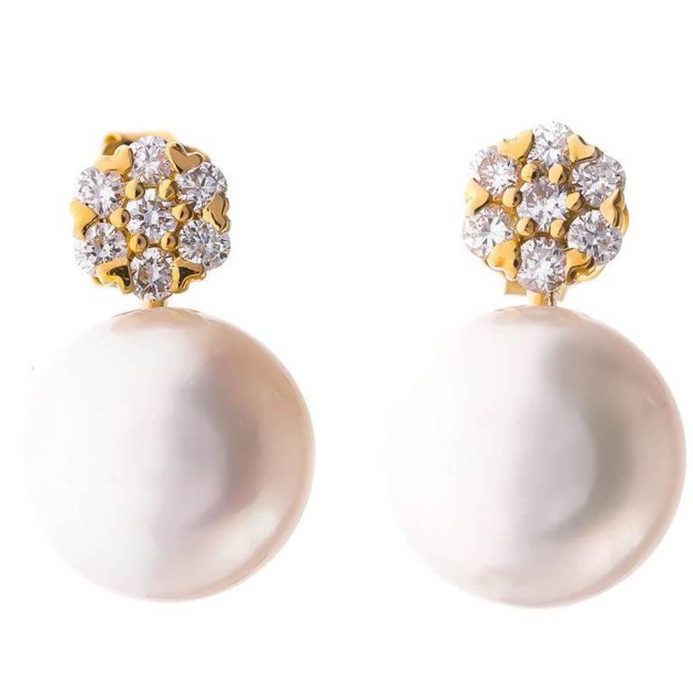 18 Carat Gold Akoya Pearl and 0.20 Carat Diamond Stud Earrings