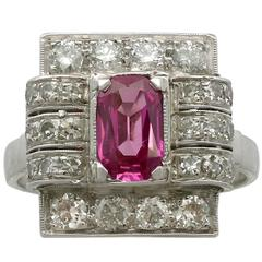 1950s 1.45 Carat Pink Sapphire Diamond White Gold and Platinum Dress Ring