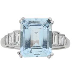 Vintage 3.00 Carat Aquamarine and Diamond Ring, circa 1970s